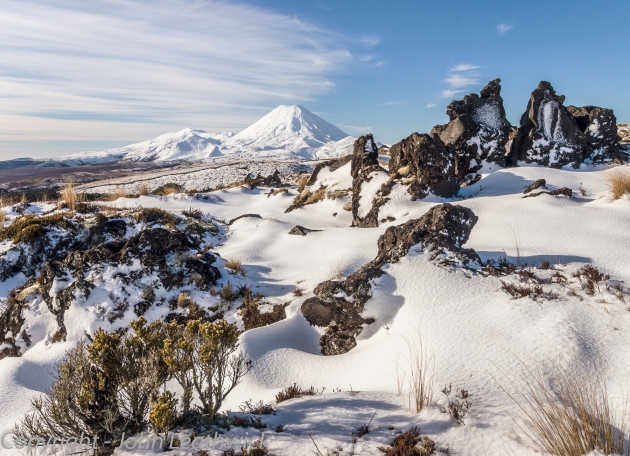 Mount Ngauruhoe from the slopes of Ruapehu